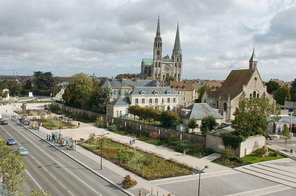 Boulevard Maurice Viollette à Chartres