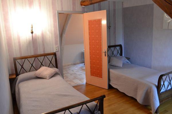 Chambre-3--gite-communal--Louvilliers-les-Perche