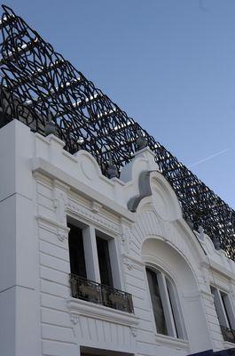 Cinéma détail de la façadelight