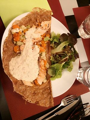 Crep-salad-Chartres-Copyright-Veronique-Domagalski