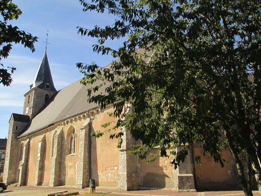 Eglise-saint-Denis_Prunay-le-Gillon-Droit Wikimedia