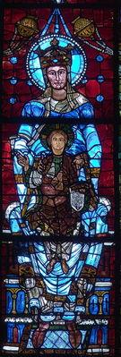 Le-vitrail-de-Notre-Dame-de-la-Belle-Verriere