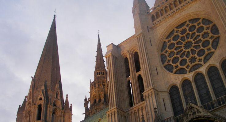 Une-chronologie-de-la-cathedrale
