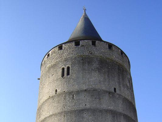 Châteaudun en 1300