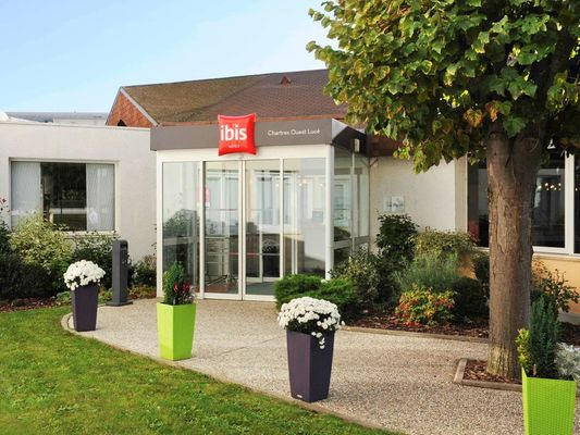 Ibis Chartres Ouest