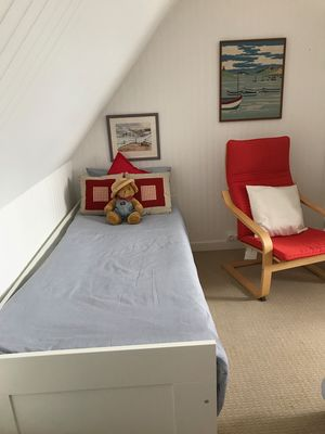 BR2-single-bed