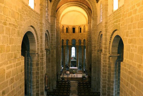 Eglise-romane-Loctudy-Pays-Bigouden-Sud©Cornuet-3