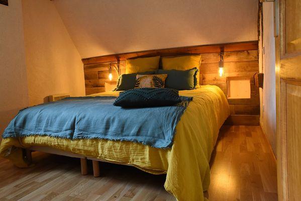 Grange-chambre-jaune-comp