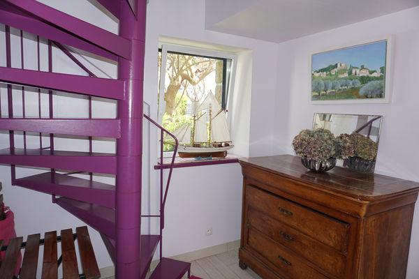 Location - JESSON - Lesconil - Pays Bigouden - escalier