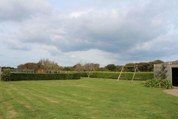 Location - SIGNOR Thérèse - Plomeur - Pays Bigouden- jardin