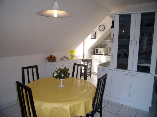 Location - POCHIC TOULEMONT - Pont L'Abbé - Pays Bigouden - salle à manger