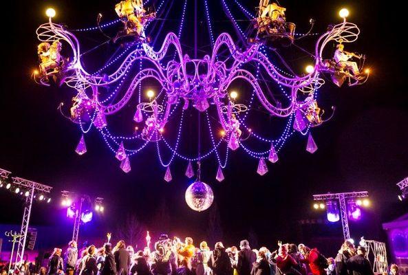 Cristal Palace, Bal au clair de Lustre. Création Transe Express