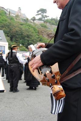 danse-bretonne-erquy-comp