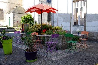 hôtel restaurant les voyageurs- terrasse-ploneour-Pays Bigouden