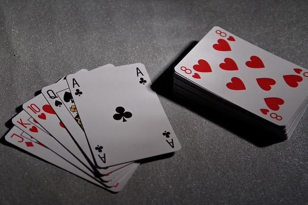 playing-cards-