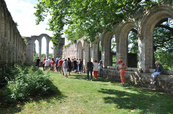 Visite de l'abbaye de Beauport