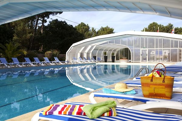 yelloh village les pins-piscine