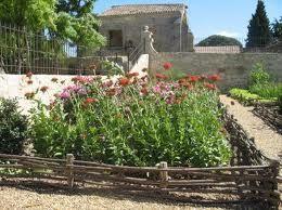 ARCHIVE_jardin medieval st jean des anneaux béziers