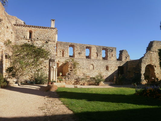 Abbaye de Fontcaude coure