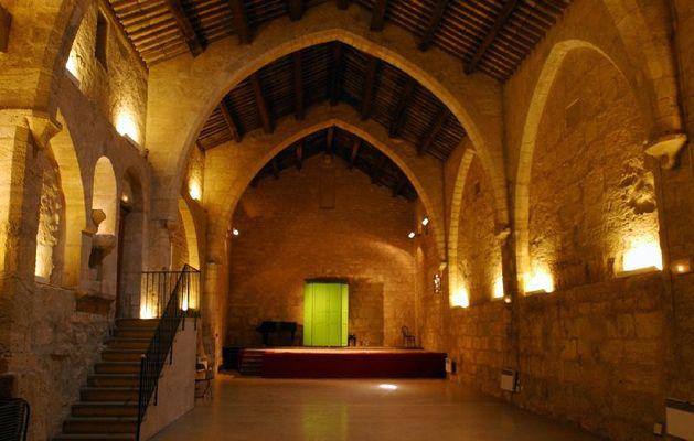 Basilique St Aphrodise-Salle des abbés- Christian FEMENIAS