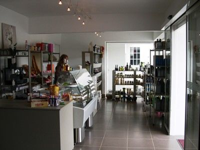 COM - Mons - Station Service - Boutique - Relais des gorge d'heric - Espace épicerie