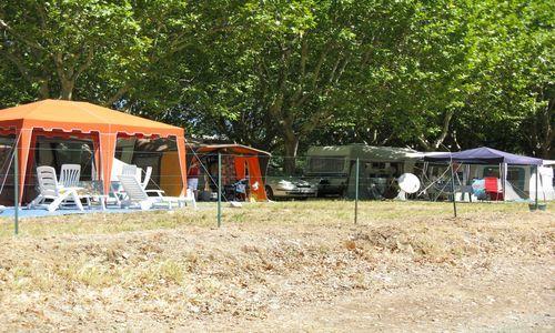 Camping Municipal de l'Orb Emplacements 2