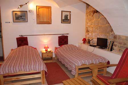 Chambre rouge Villa Issiate