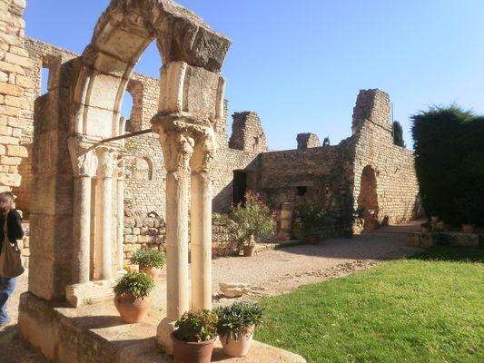 Cloitre_Abbaye_Fontcaude2_OTSaintChinian