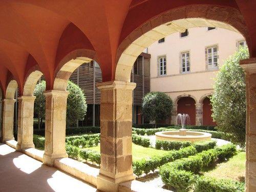 Ancienne abbaye, cloître, abbatiale