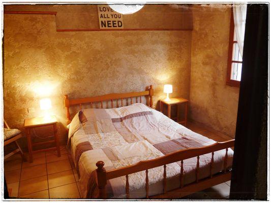 L'Estampanière - la chambre double - Domaine de Lacan