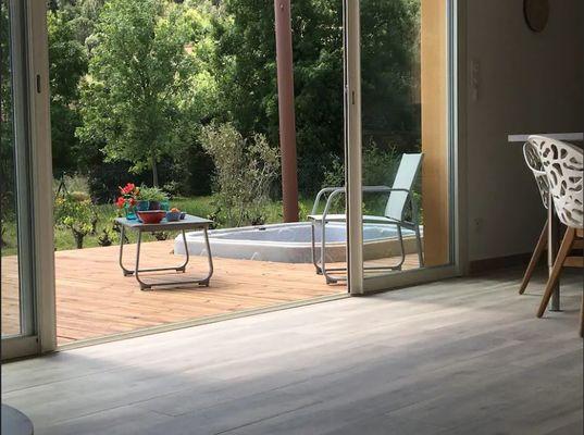 La-maison-du-ht-Languedoc-terrasse---spa