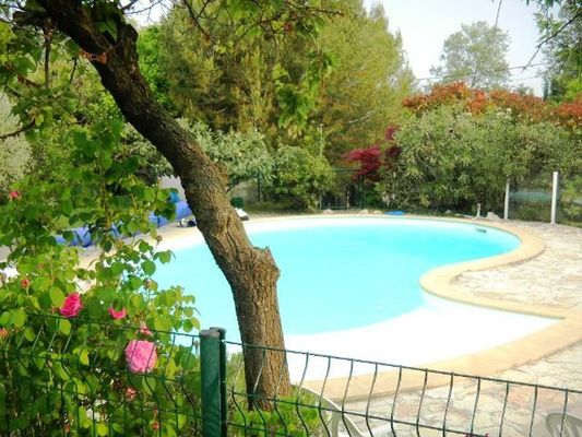 Photo 2 Fayard Odile piscine site
