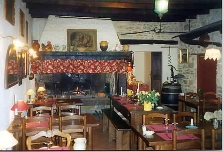 Restaurant - Courniou - Acacias