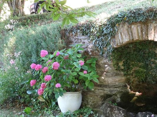 Rocadel---La-maison-Arche-jardin