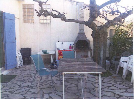 Terrasse meuble Fontes cecile Valrasle21janv2013