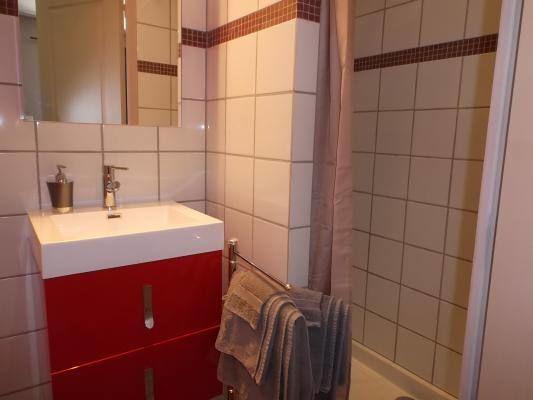 Salle d'eau de la chambre 3 - Mica -