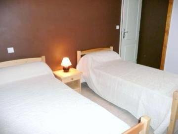 Chambre 3, les lits sont en 90x190
