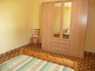 Chambre  2 personnes, lit 140X190.