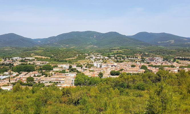 boucle-9-014-vue-sur-Saint-Chinian