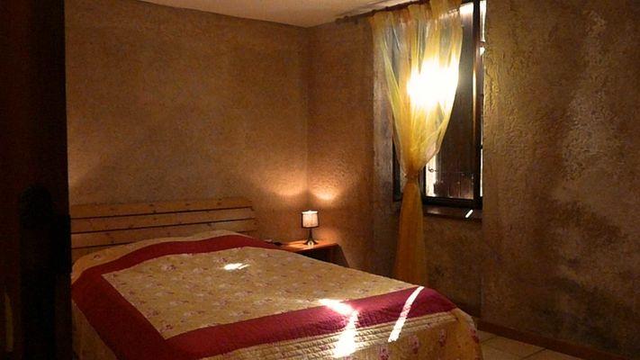 Mouniade, une des chambres doubles, Domaine de Lacan