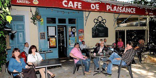 la-dynastie-jeanjean-regne-sur-le-cafe-de-plaisance_397019_510x255