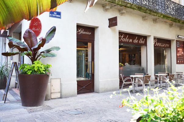 le-mathis-glacier-salon-de-the-brasserie-beziers-centre-ville-1100x729
