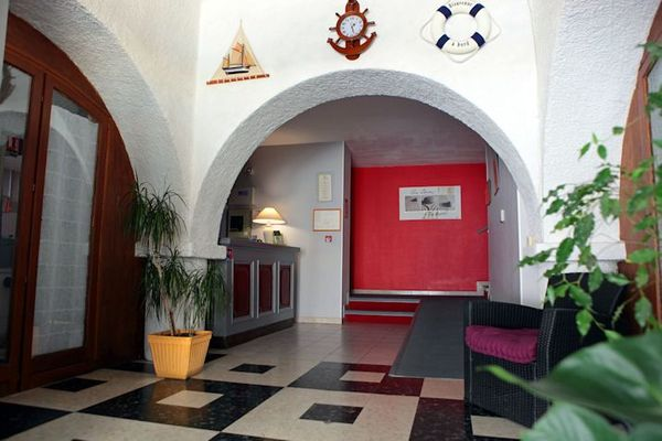 HOTEL RESTAURANT LA PLAGE VALRAS