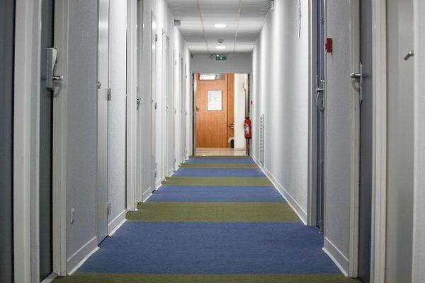 photo1 couloir ibis budget beziers centre