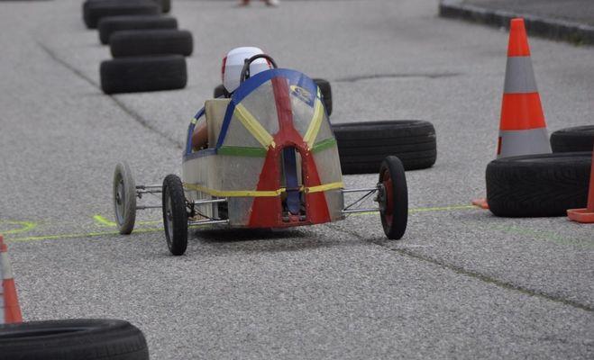sport_child_soapbox_race_grand_pix-690617.jpg!d