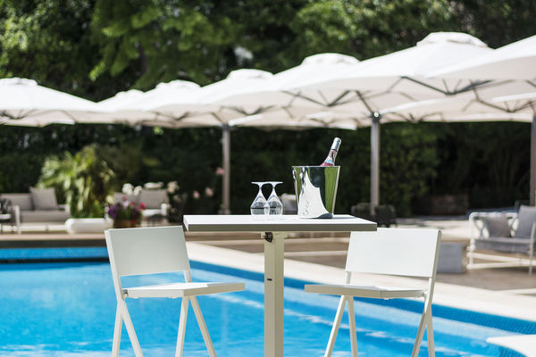 villa-guy-piscine-2