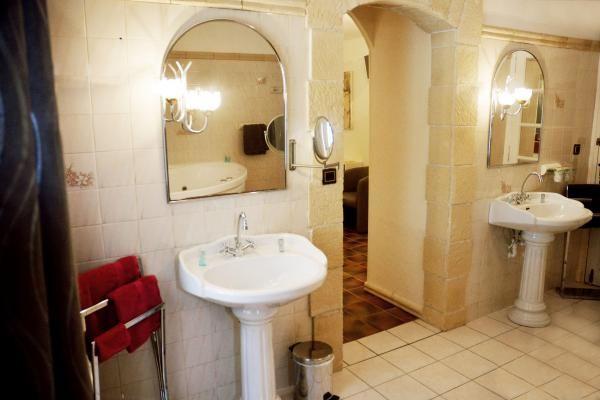Salle de bain chambre Antique.