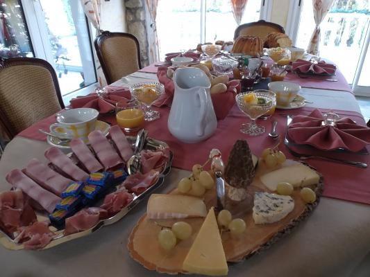 Quel moment convivial autour du petit-déjeuner.