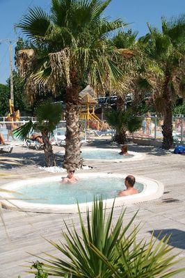 5eme photo pateaugeoire piscine le clos virgile la plage
