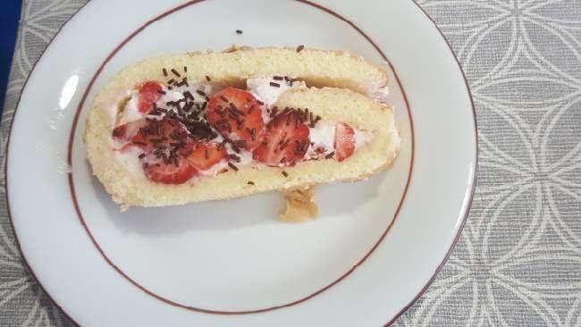 Gateau roulé fraise et chantilly